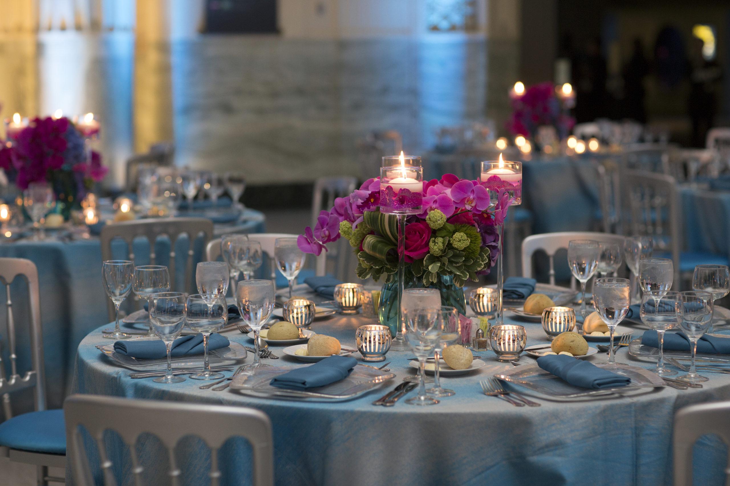 Beautiful table set up at Shedd Aquarium