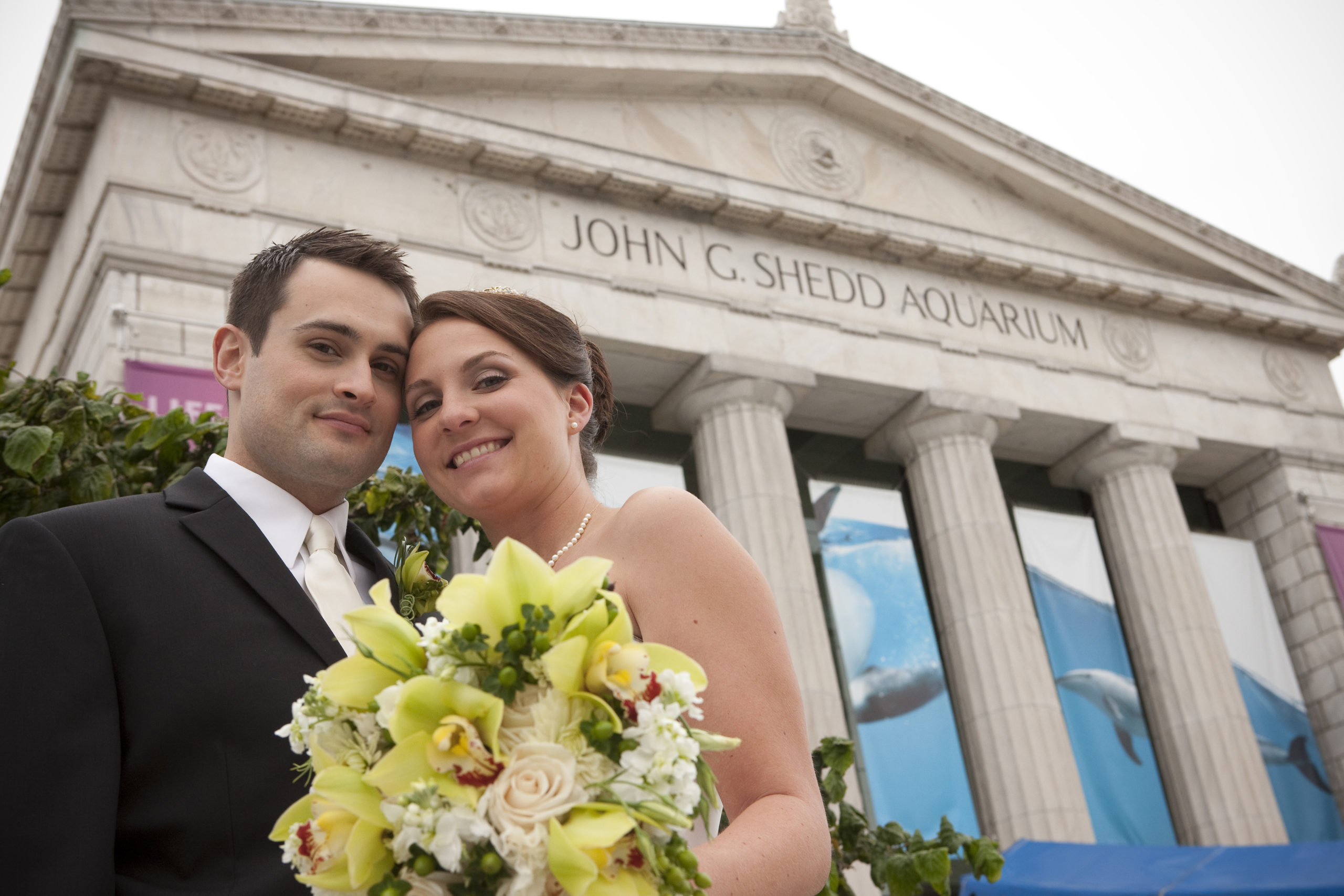 Married couple at Shedd Aquarium